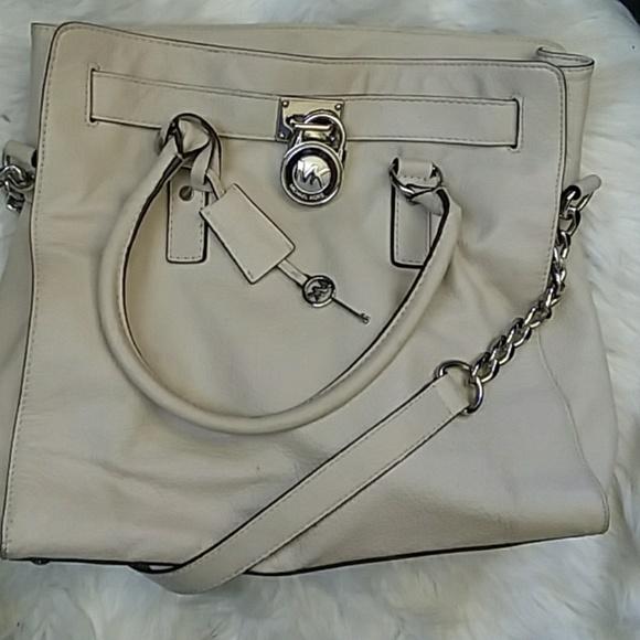 Michael Kors Handbags - Lg Michael Kors Hamilton